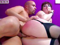 Max défonce une femme charnue gourmande de sperme